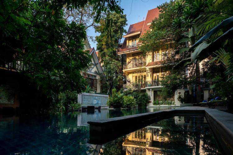 65 Sukhumvit 1, Sukhumvit Rd, Klongtoey Nua, Wattana, Bangkok, 10110, Thailand.