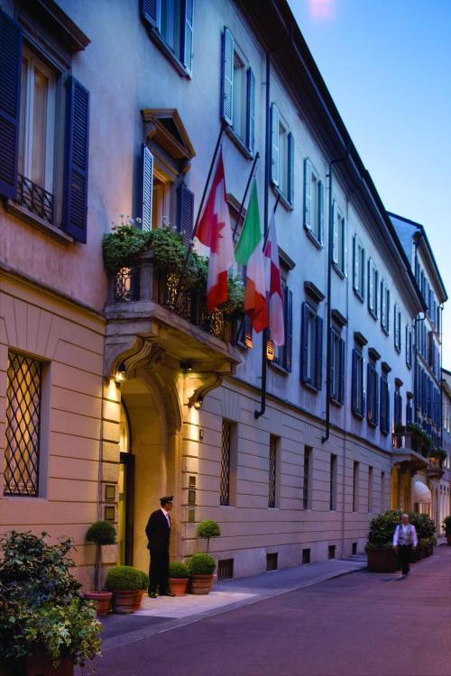 Via Gesù 6-8, Milan City Centre, 20121 Milan, Italy