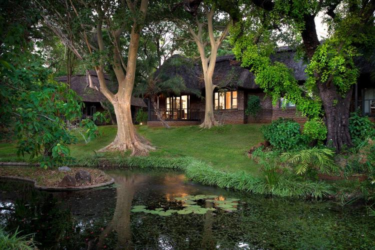 Old Ursulas Road, Stanley & Livingstone Private Game Reserve, Victoria Falls, Zimbabwe.