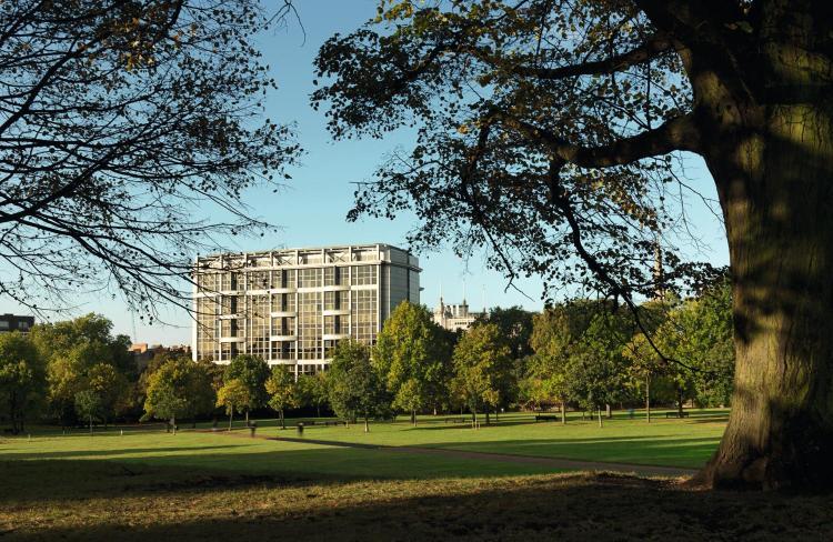 2-24 Kensington High St, Kensington, London, England, United Kingdom, W8 4PT.