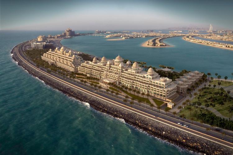 Crescent West, Palm Jumeirah, Dubai, United Arab Emirates.