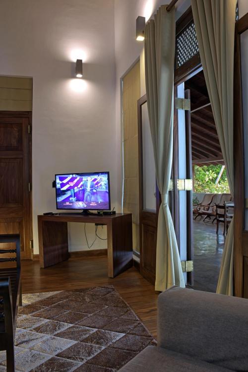 834, Galle Road, Talpe, Galle 80000, Sri Lanka.