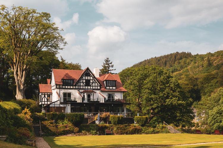 Betws-y-Coed, Snowdonia, LL24 0AS, Wales.