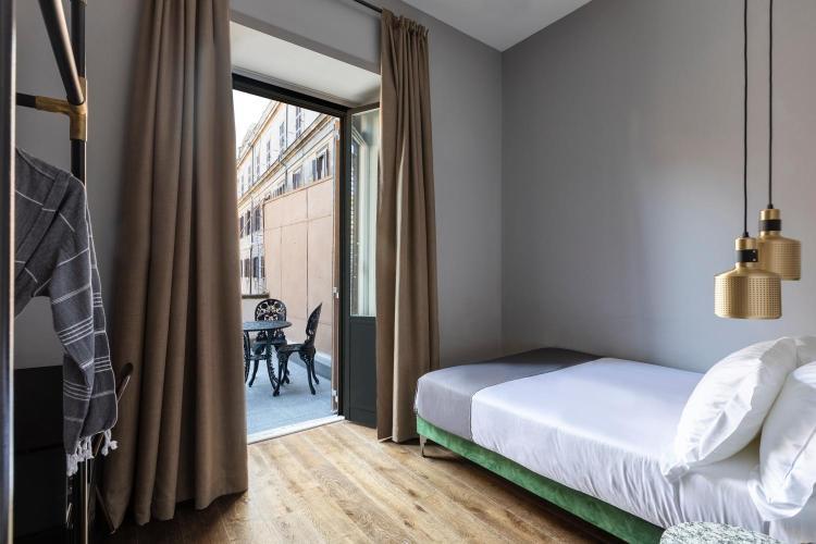 Via di Santa Maria dè Calderari, 00186 Rome, Italy.
