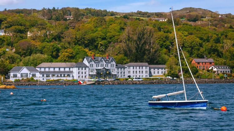 Glengarriff Harbour Cottages, Glengarriff, Co. Cork, Ireland.