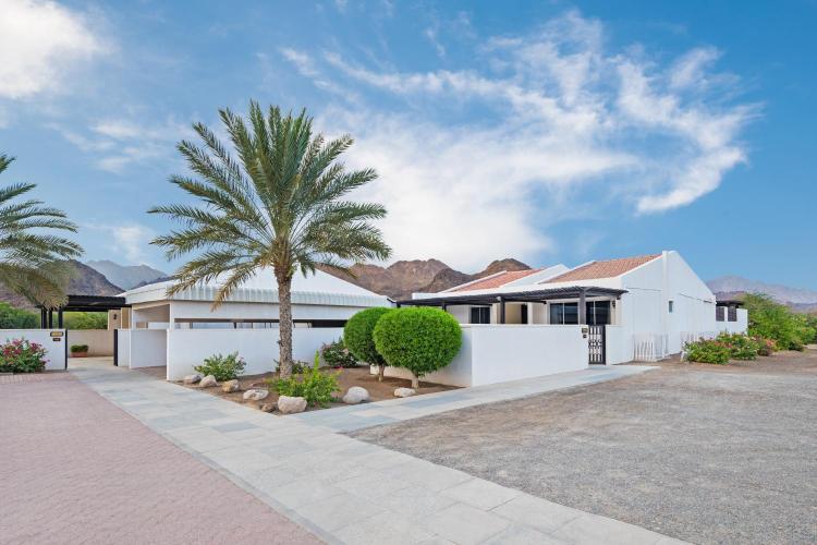 Sharjah kalba Road, Road 102, Hatta, Dubai, United Arab Emirates.