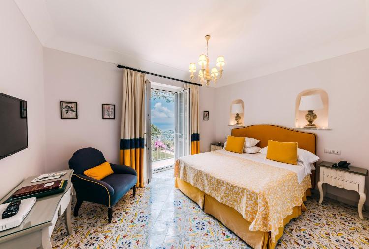 Via Santa Chiara, 84010 Ravello, Salerno, Italy.