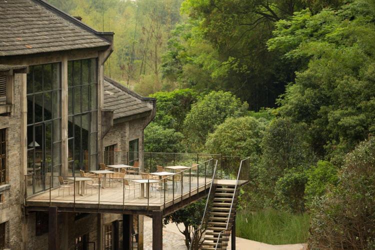 No.102, Dongling Road, Yangshuo County, Guilin City, Guangxi Autonomous Region,  541900, China.