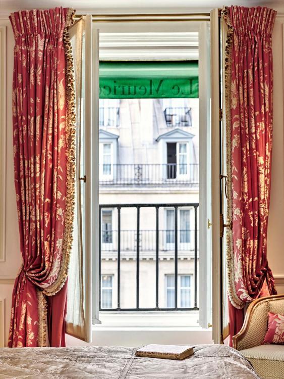 228, Rue De Rivoli, Paris, 75001, France.