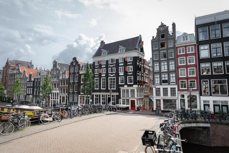 Singel 83, 1012 VE Amsterdam, Netherlands.