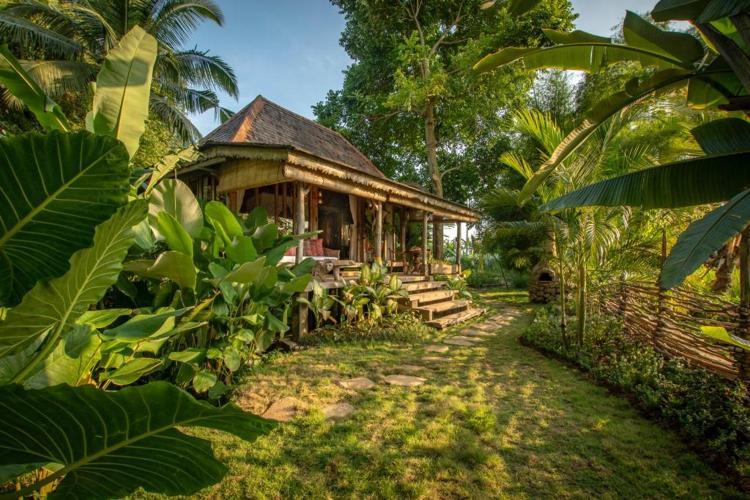 Stone House, Jalan Tirta Tawar, Kutuh Kaja, Ubud, Bali, Indonesia.
