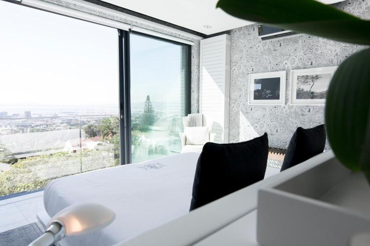 8 Bridle Road, Cape Town, 8001, South Africa.