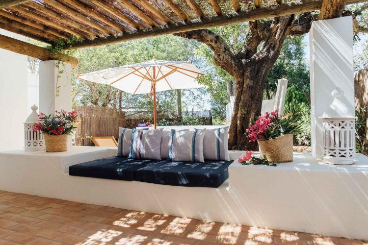 Sitio dos Caliços, 8700-069 Moncarapacho, Algarve, Portugal.