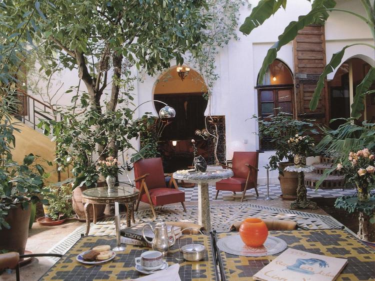 29 Arset Aouzal, Dar el Bacha, 40000 Marrakech, Morocco.