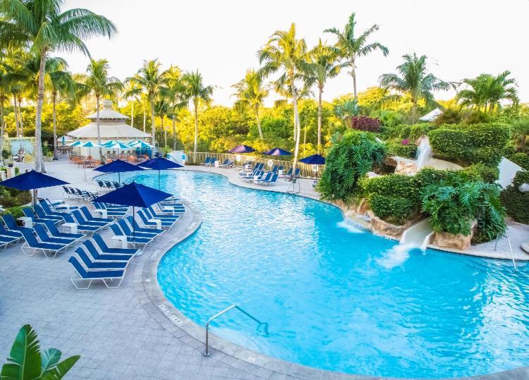 475 Seagate Dr, Naples, Florida 34103, United States.
