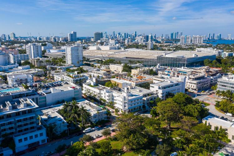 236 21st St. Miami Beach, FL 33139, United States.