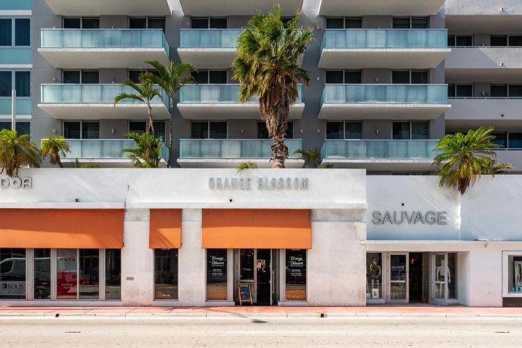 2000 Collins Ave, Miami Beach, FL 33139, United States.