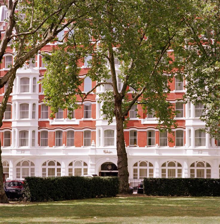 18-21 Charterhouse Square, City of London, EC1M 6AH, England.