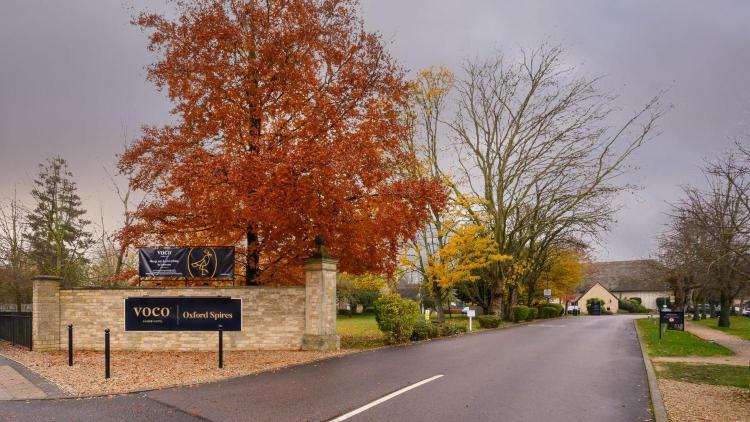 Abingdon Road, Oxford, OX1 4PS, England.