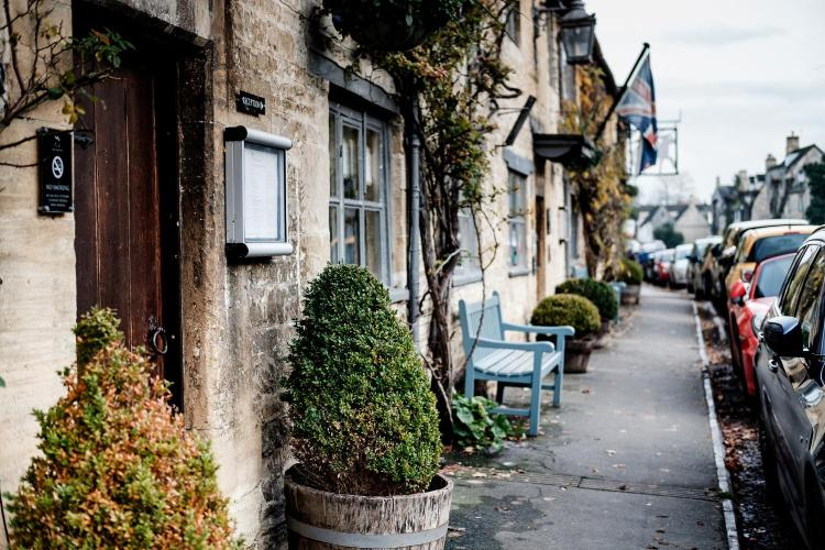 Sheep Street, Burford, OX18 4LW, England.