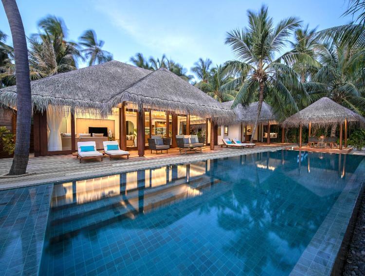 Kihavah Huravalhi Island, 20215, Maldives.