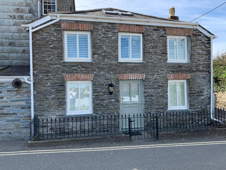 12 Dennis Road, Padstow, PL28 8DD, England.