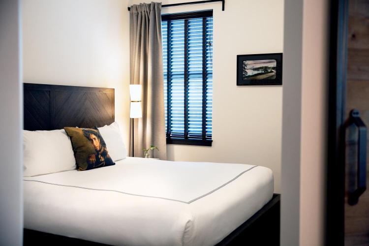 Kimpton Palladian Hotel, 2000 2nd Ave, Seattle, WA 98121, United States.