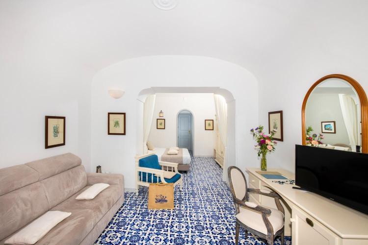 Via Campo, 5, 84010 Praiano, Salerno, Italy.