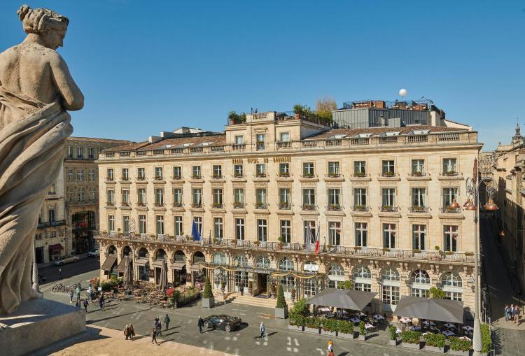 2-5 Place De La Comédie, Bordeaux, 33000, France.