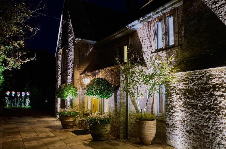 Abbey Lane, Freshford, Bath BA2 7TB, England.