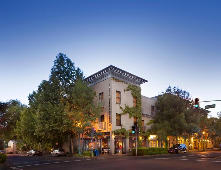 25 Matheson Street, Healdsburg, 95448, California.