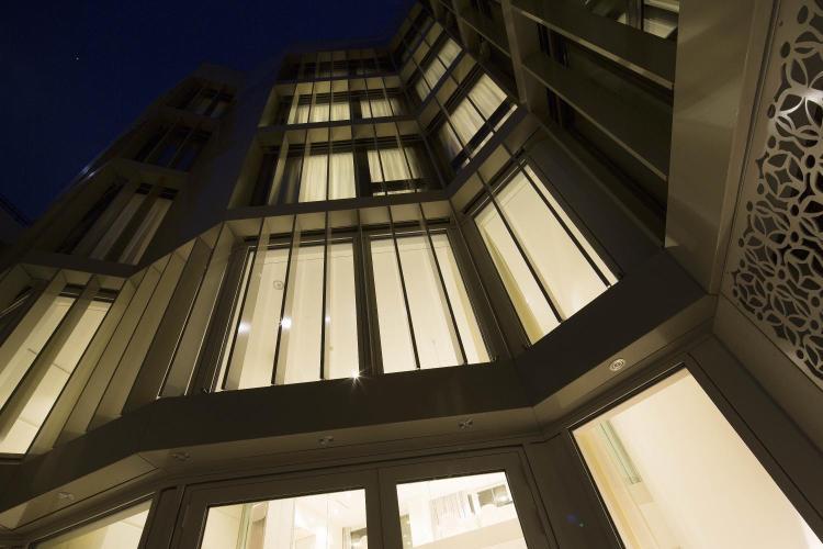 Steinengraben 51, 4051 Basel, Switzerland.