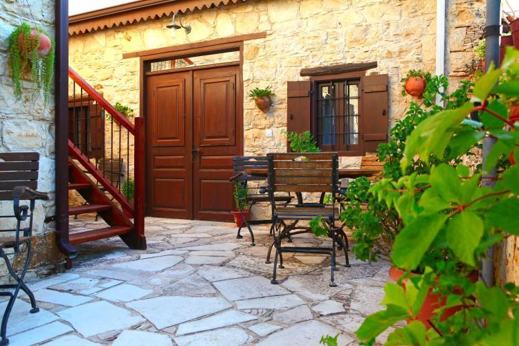 Tsintouri street, Lofou, 4716, Cyprus.