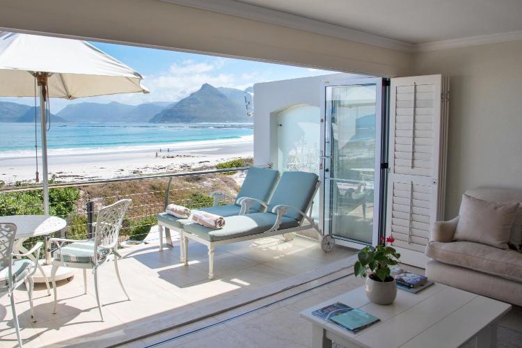 1 Kirsten Road, Kommetjie, 7975, Cape Town, South Africa.