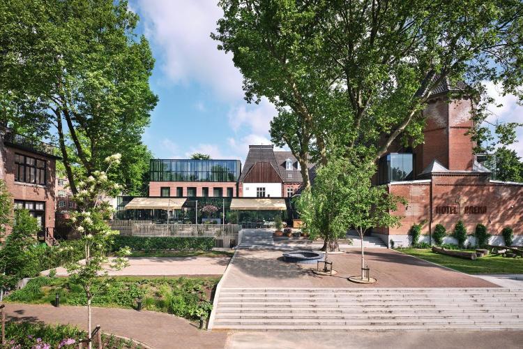 's-Gravesandestraat 55, 1092 AA, Amsterdam, Netherlands.