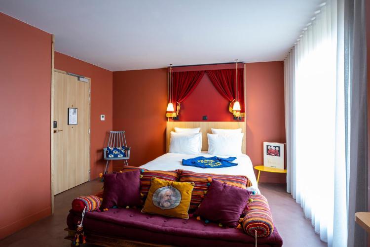 4-6 Rue Gambetta, 93400, ST Ouen, Paris, France.