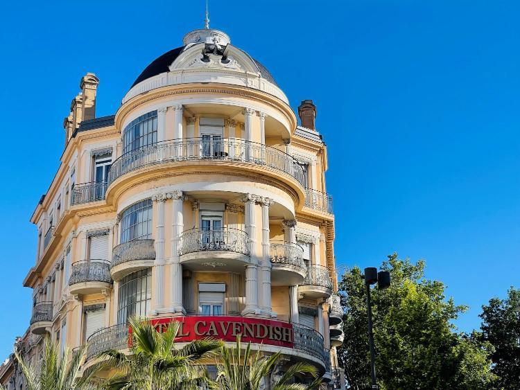 11 boulevard Carnot, 06400 Cannes, France.