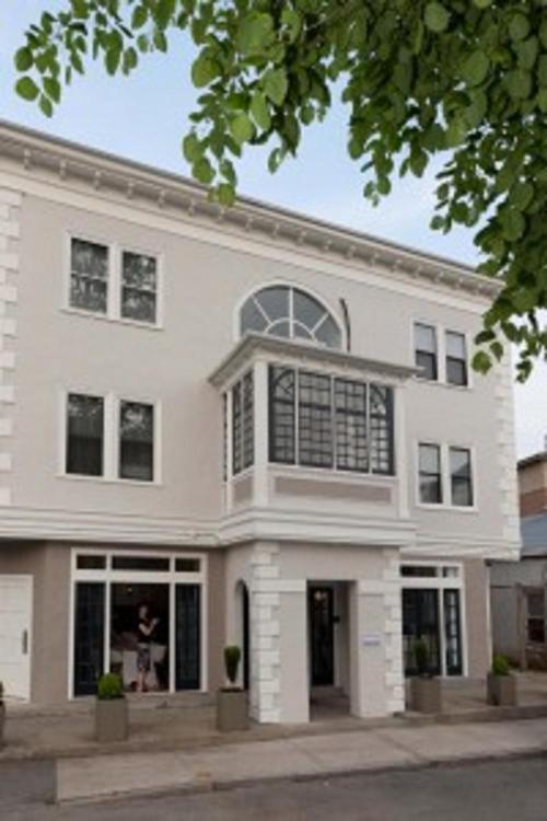 22 Liberty Street, Newport, Rhode Island 02840, United States.
