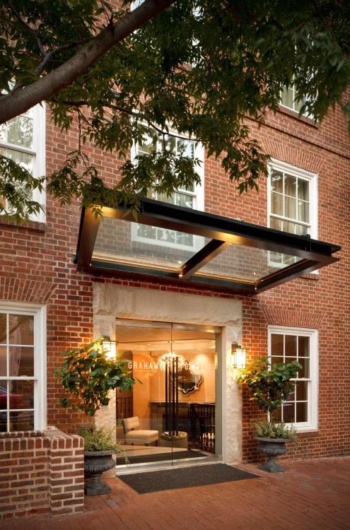 1075 Thomas Jefferson Street NW, Washington, DC 20007, United States.
