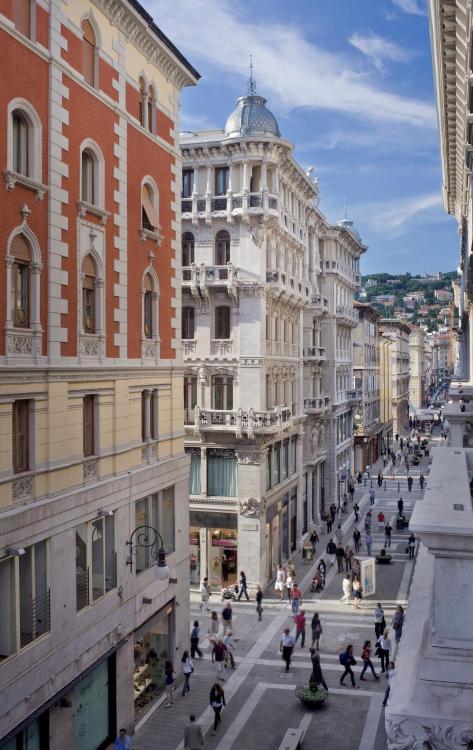 Via San Nicolò 34–36, Trieste, Italy.