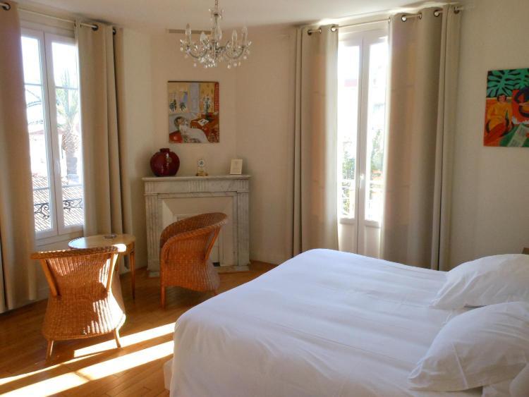 6, Avenue Chateau de la Tour, Nice, 06000, France.