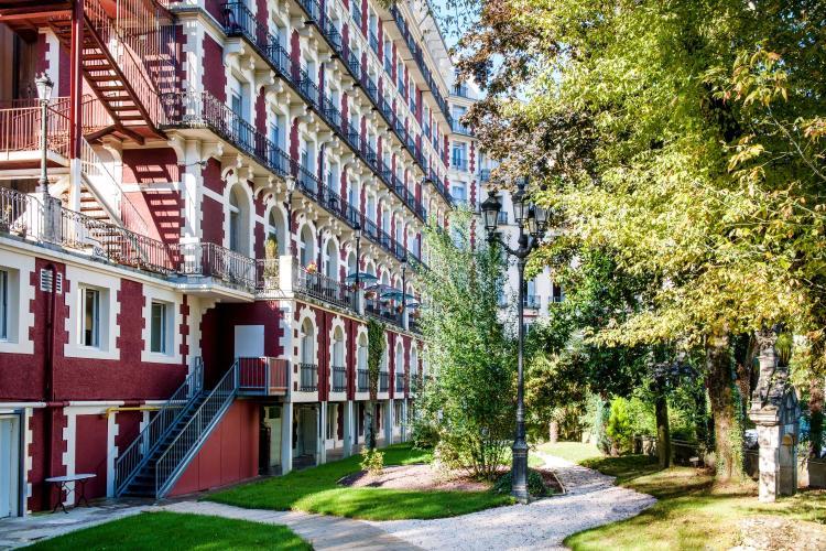 26 Avenue Bernadette Soubirous, 65100, Lourdes, France.