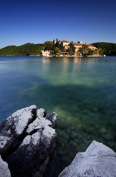 Pomena, 51280 Mljet, Croatia.