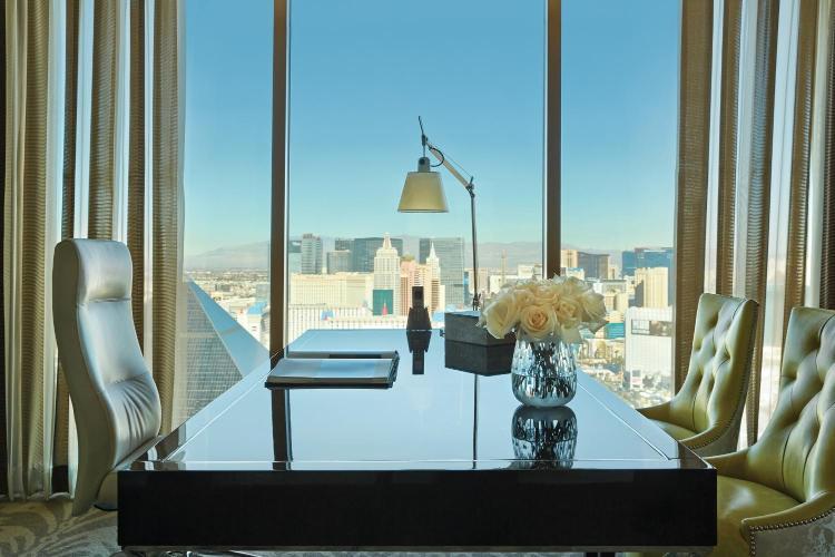 Mandalay Place, 3960 South Las Vegas Boulevard, Las Vegas, NV 89119, United States.