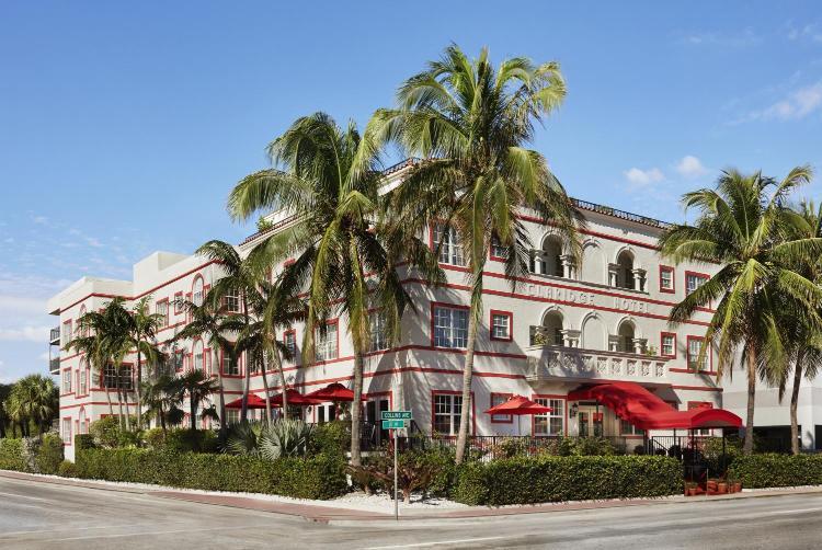 3500 Collins Avenue, Miami Beach, FL 33140, United States.