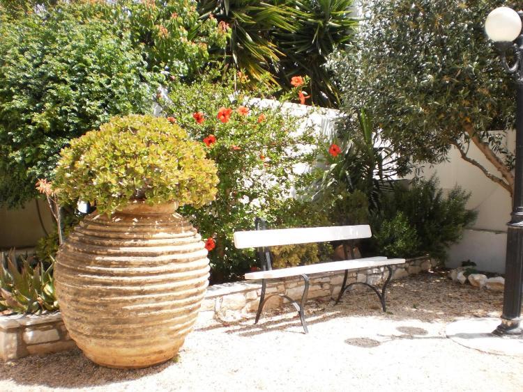 Naoussa, Paros 84401, Greece.