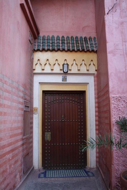 62, Derb Boutouil, Kennaria, Marrakech 40000, Morocco.