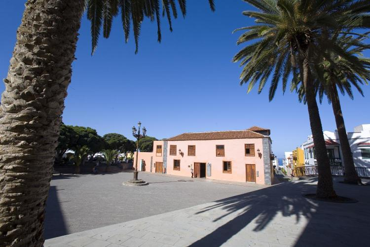 Glorieta San Francisco, 38450 Garachico, Tenerife, Spain.