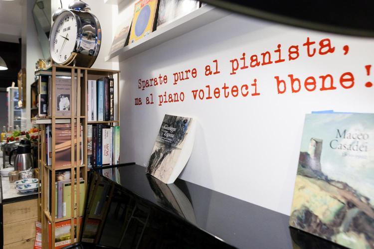 Via Medici 4, 20123 Milan, Italy.