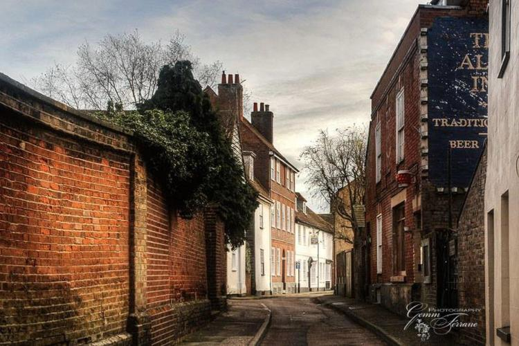 25 King's Head Street, Harwich, Essex, CO12 3EE, England.